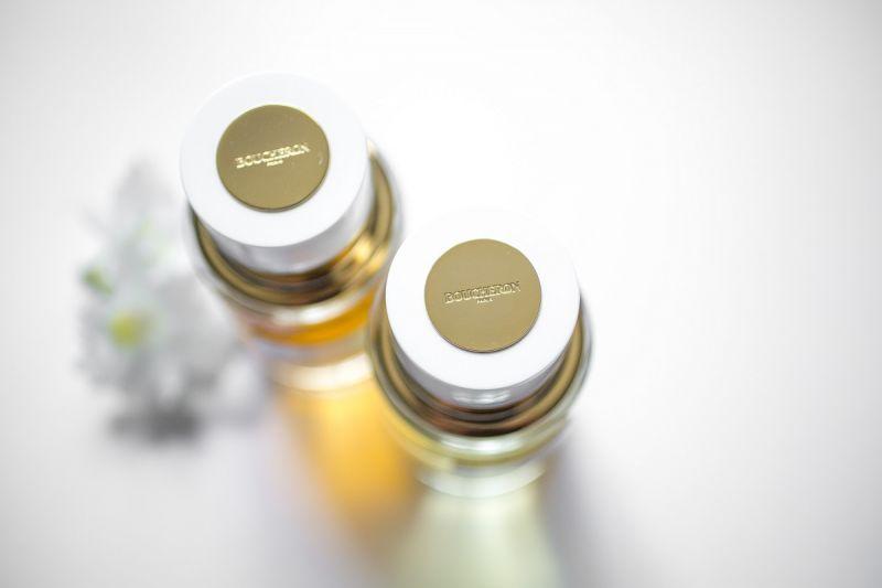 伯敻BOUCHERON珠寶向來以白色與金色為品牌識別,因此「奢華典藏系列」也走相同概念。
