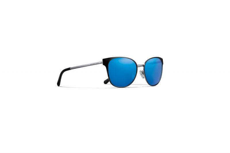 水銀鏡面太陽眼鏡,Michael Michael Kors。