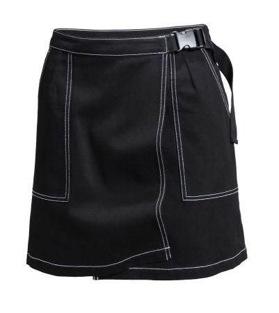 ACE TEE X H&M 短裙台幣 S799