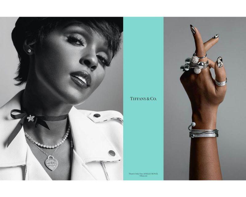 身兼歌手、詞曲創作者、唱片製作人並曾榮獲奧斯卡提名最佳女主角的Janelle Monáe混合搭配Return to Tiffany 經典心型吊牌項鍊、疊戴Tiffany HardWear戒指,傳遞創新又經典雋永的獨具風格