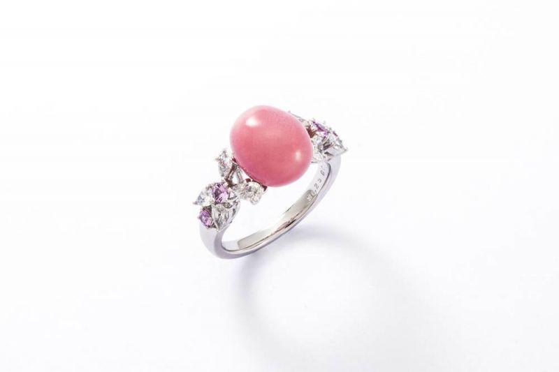 MIKIMOTO 頂級珠寶孔克真珠粉紅剛玉鑽石戒指,2,150,000元