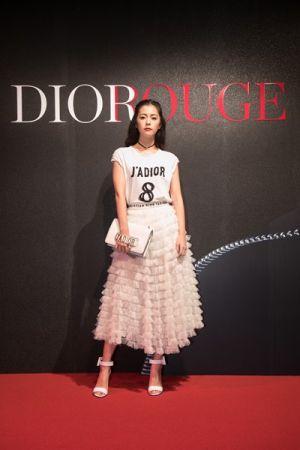 時尚甜姐兒任容萱出席Dior For Love搖滾你的唇派對。