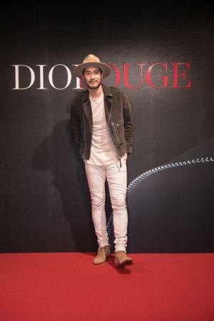 國民老公高以翔出席Dior For Love搖滾你的唇派對。