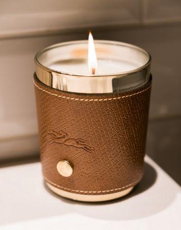 法式精緻風格的Le Pliage系列皮革香氛蠟燭