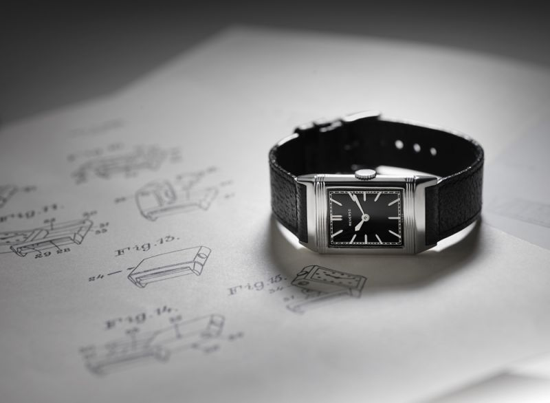 Jaeger-LeCoultre 於1931年推出 Reverso 翻轉腕錶