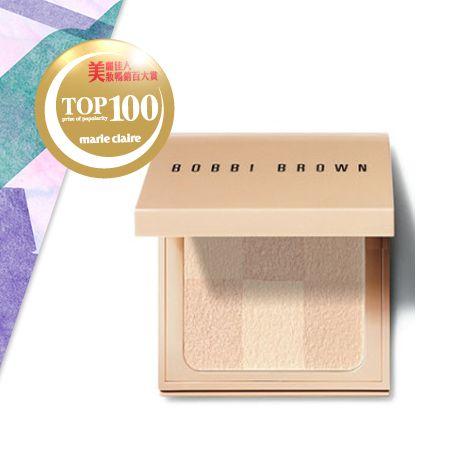 BOBBI BROWN彷若裸膚蜜粉餅 NT$1,850低溫烘焙凝萃技術揉入保濕成份,創造柔軟、細嫩的肌膚質感,並結合6色不同層次的透明裸膚色調,使肌膚自然透亮。