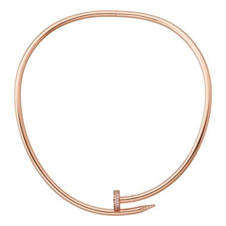 Juste un Clou玫瑰金短項鍊,小型款玫瑰K金,頂部和尾端鋪鑲鑽石參考價格約NT$ 1,080,000