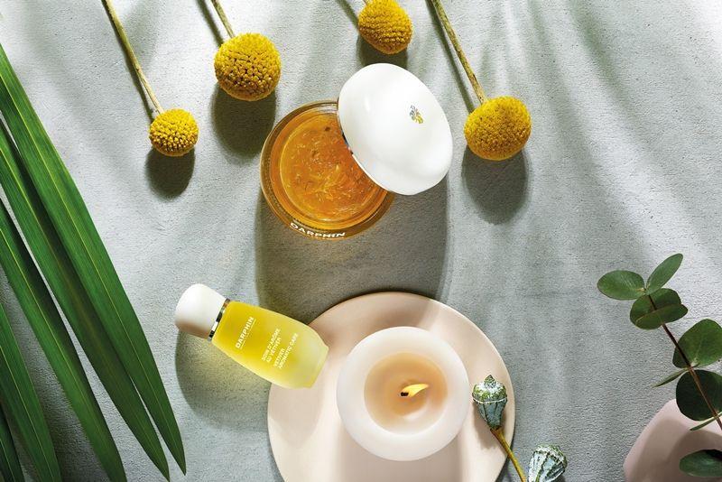 DARPHIN岩蘭草舒壓芳香精露系列形象照。