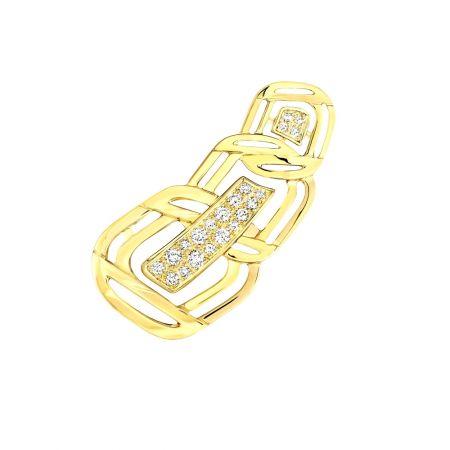 """My Golden Link""耳環以18K黃金鑲嵌21顆明亮式切割鑽石。建議售價NTD251,000元"