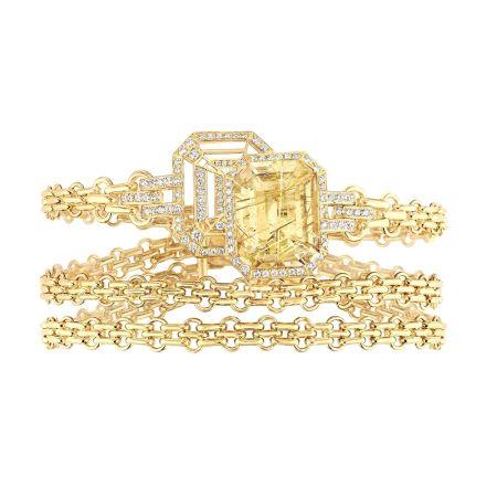 """""""My Chain""""手鍊以18K黃金鑲嵌一顆12.5克拉祖母綠式切割髮晶和104顆明亮式切割鑽石。建議售價NTD1,169,000元"""