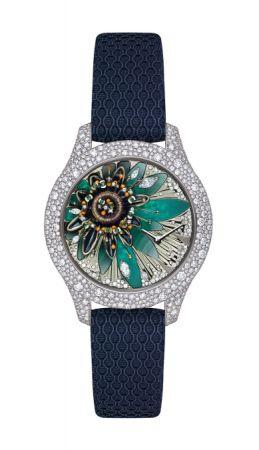 Grand Soir 系列腕錶,彩漆與珠寶工藝面盤,Dior。