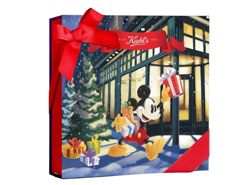 11/1起至非周慶櫃台消費滿2000元即可享有Kiehl's契爾氏×Kate Moross繽紛精緻的插畫禮盒或是可愛米奇禮盒任一款(不選色)。