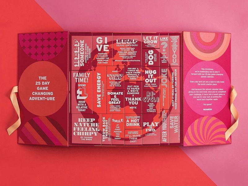 The Body Shop 2017經典聖誕倒數月曆內盒可排成地球圖案,上頭字句還有小任務,在聖誕節來臨前,每天做一件對地球有愛的事情。