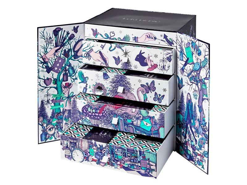 Lookfantastic 美麗仙境聖誕禮盒,NT3,500。10月10日開賣。