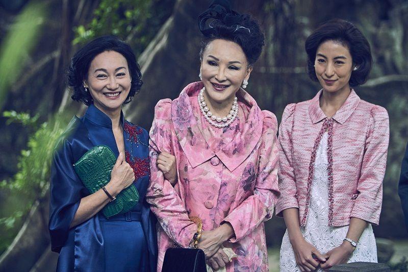 惠英紅在《血觀音》裡飾演古董商棠夫人,與一群官太太們有高來高去的精彩對手戲。
