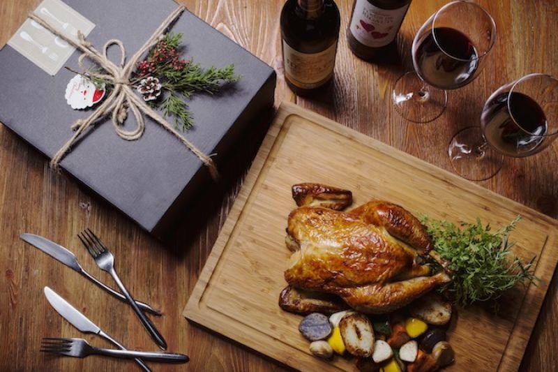 聖誕烤雞大餐也可以禮盒方式外帶