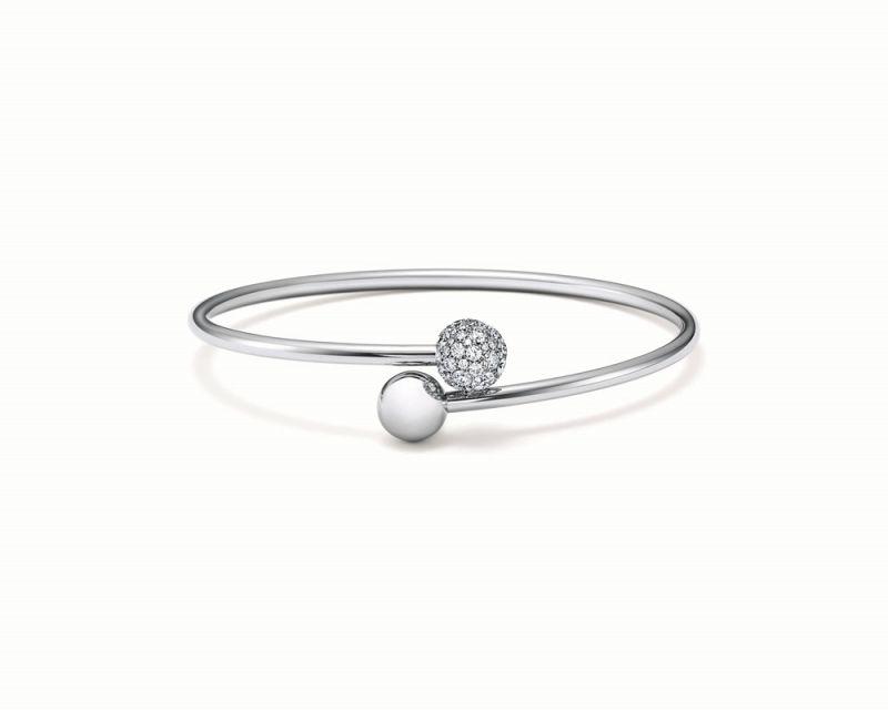 Tiffany HardWear 18K白金交疊球形鑲鑽手環 NT$182,000