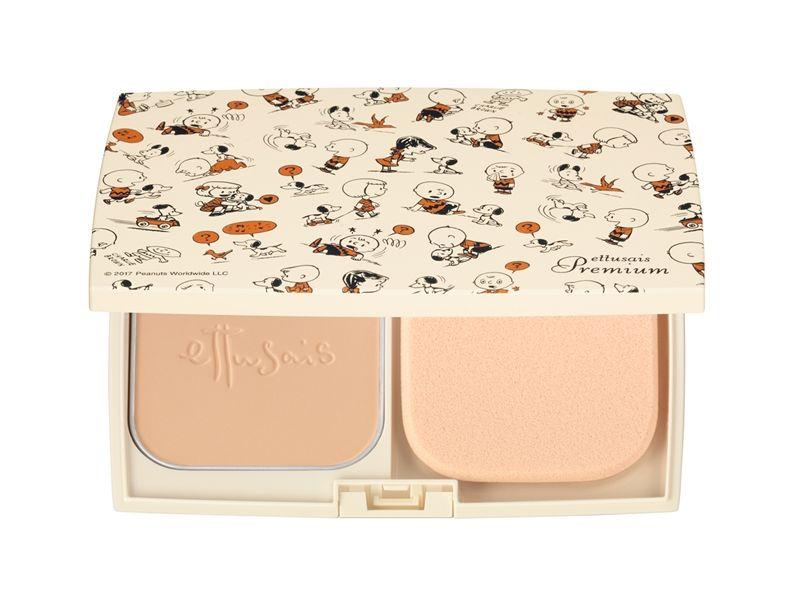 艾杜紗雪紡柔膚粉餅SNOOPY聯名款(共2色)9g,NT1,500(含粉蕊、粉撲、粉盒)