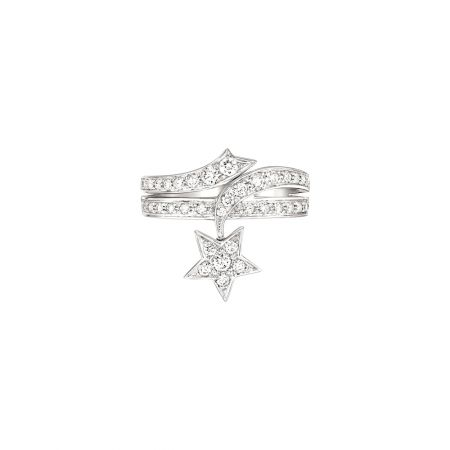 Comète Spirale戒指18K白金鑲嵌39顆明亮式切割鑽石。建議售價NT196,000元