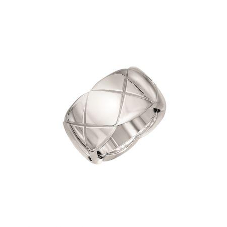 CHANELCoco Crush戒指_中型款18K白金建議售價NT103,000