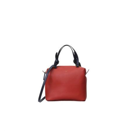 小牛皮肩背手提包,Céline,NT63,000。