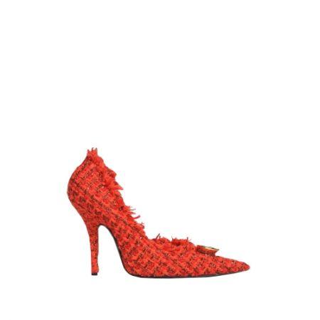 軟呢尖頭高跟鞋,Balenciaga,NT39,600。