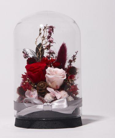 誠品生活新板店|奇比植作|永生花園星空瓶手作課|課程特價1,750元|信義店|永生花園星空瓶|特價1,500元。