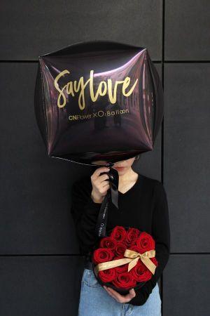 誠品生活信義店|O! balloon×CN Flower_甜蜜瞬間氣球鮮花禮盒組│特價3,980元│原價4,500元。
