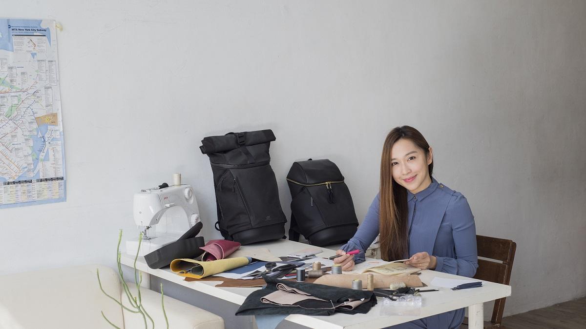 【媽咪經濟學】Shelly Kuo  實用與美觀兼具的快卡背包