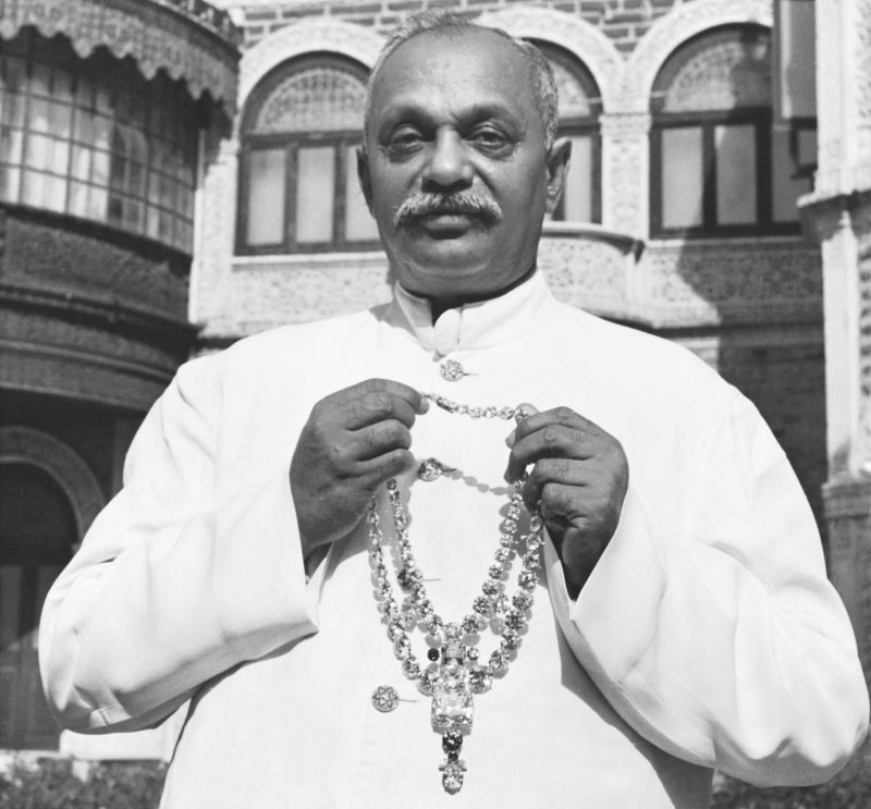 1931年,卡地亞為Maharaja of Nawanagar印度納瓦納嘉大君所設計的項鍊