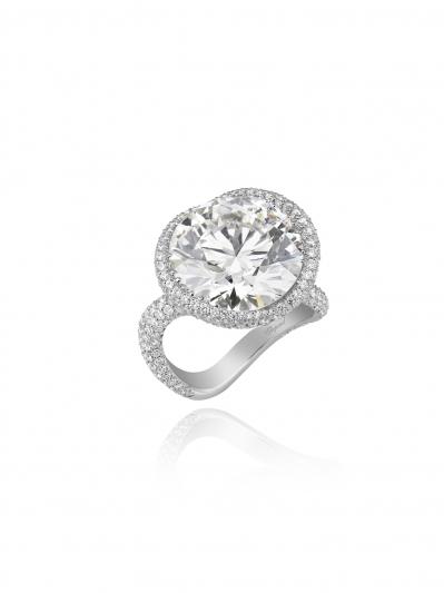 CHOPARD蕭邦婚戒系列 18K白金戒指鑲嵌11.03克拉明亮式切割鑽石與總重2.31克拉白鑽。 價格店洽