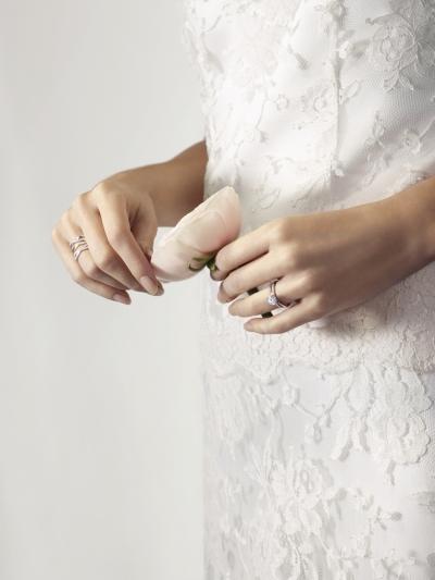 DE BEERS Infinity 玫瑰金鑽石戒指_NT$ 308,000起
