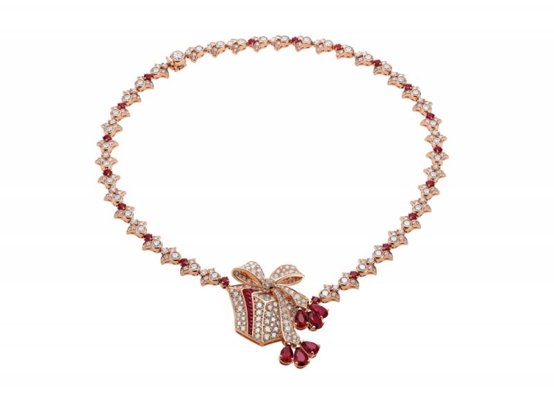 BVLGARI FESTA童年慶典系列The Gift 禮物造型頂級紅寶與鑽石項鍊(263771)