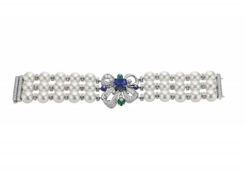 BVLGARI FESTA 公主慶典系列 頂級藍寶石與祖母綠手鐲,TWD22,041,000元(262886)