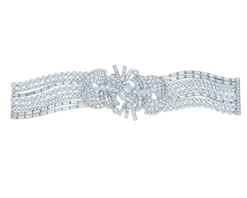 Tiffany Deco 總重超過43克拉鑽石手環 NT$10,890,000