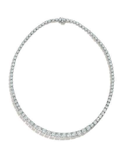 Tiffany 鉑金鑲嵌總重36.09克拉枕形與圓形切割鑽石項鍊NT$15,430,000