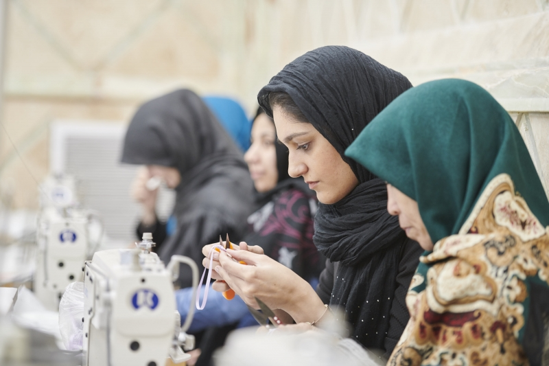 LADURÉE馬卡龍吊飾出自阿富汗婦女之手