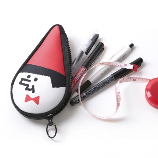 誠品生活松菸店|0416x1024|小紅帽萬用包|特價432元|限量5組。