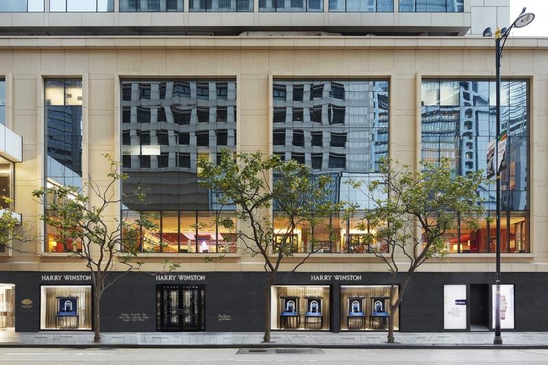海瑞溫斯頓Harry Winston第二家位於香港的品牌專門店盛大開幕。店址座落於香港文華東方酒店。