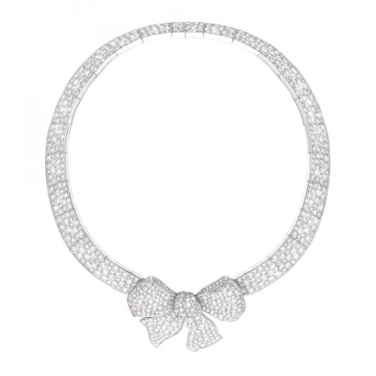 Ruban 高級系列蝴蝶結造型鑽石項鍊,Chanel。