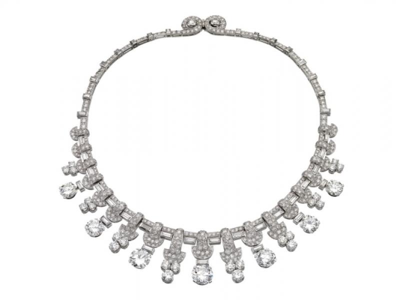 古董鉑金鑽石項鍊冠冕,Bulgari。