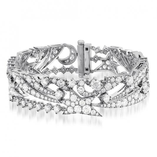 Illa Midnight午夜星空鑽石手環_18K白金鑽石總重14.02克拉_售價NT$2,800,000元起