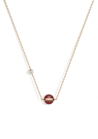 Possession 系列項鍊 18K玫瑰金,鑲嵌單顆圓形美鑽(約0.06克拉)及紅玉髓圓珠 G33PB200台幣參考價格 55,000元