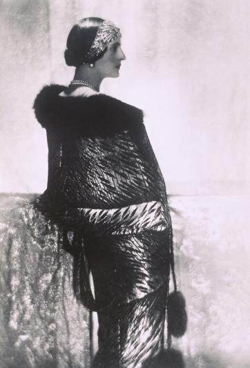 Felix Yusupov 費利克斯 尤蘇波夫公主:出生於俄羅斯的Irina,在她的婚禮上佩戴著穿著由Chaumet創作的 太陽冠冕,