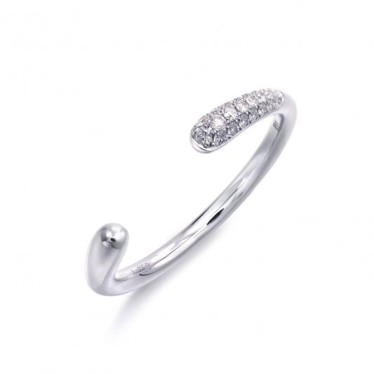 點睛品 Fingers Play18K白金鑽石戒指建議售價NT$ 12,400