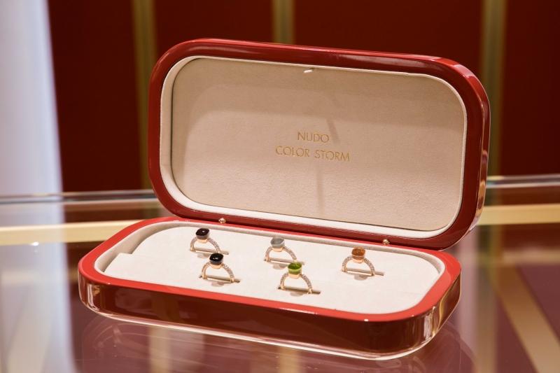 NUDO COLOR STORM 全球限量戒指系列_套組價格新台幣1,540,600元整。
