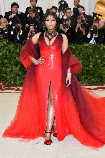 Nicki Minaj In Oscar de la Renta and Le Silla shoes