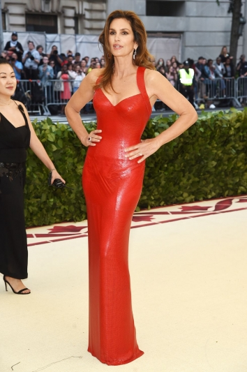 Cindy Crawford In Jacob & Co. jewels