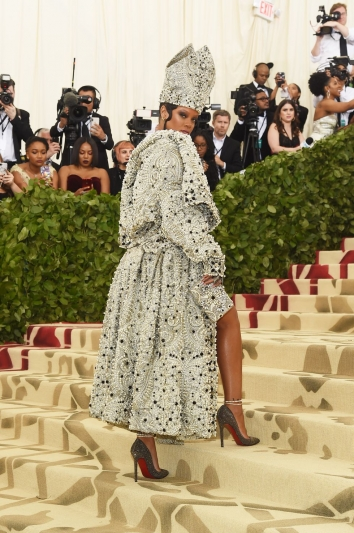 Rihanna In Maison Margiela