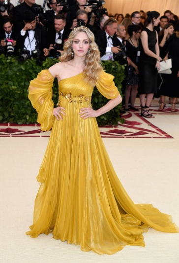 Amanda Seyfried In Prada